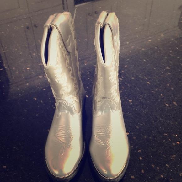 Nordstrom Other - Nordstrom cowboy boots children's size 9